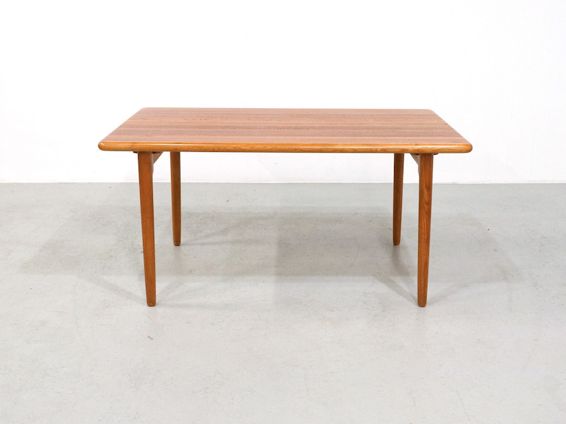 Dining Table Niels Otto Møller for J.L. Møller mod. 24A