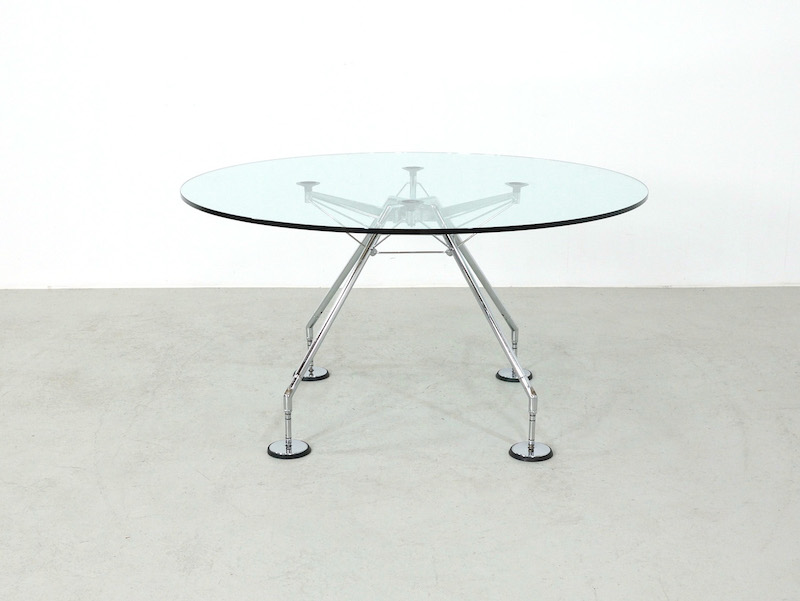 Tecno Nomos dining table by Norman Foster