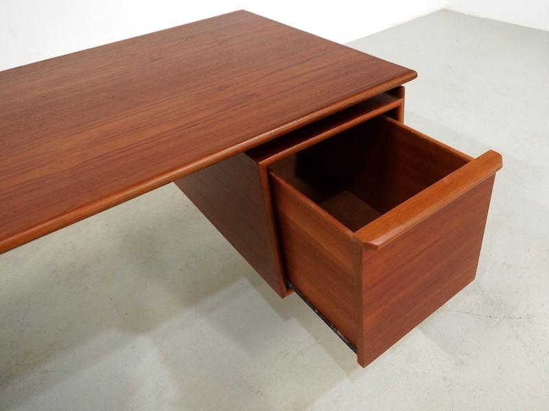 Danish teak desk designed by GV Gasvig for GV Møbler