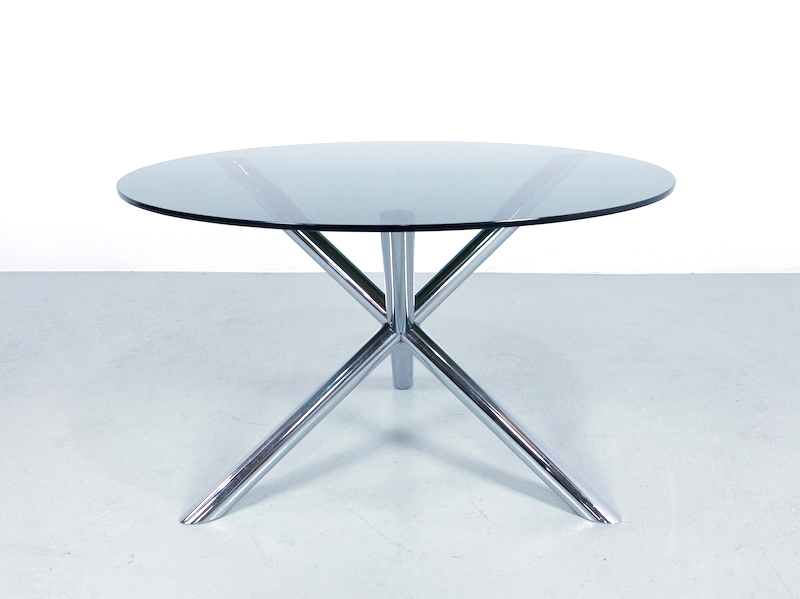 1970s Round Dining Table in Chrome and Smoked Glass by Roche Bobois