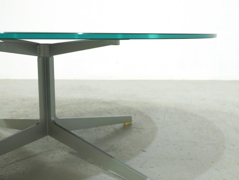 Fritz Hansen SpacFritz Hansen Space Coffee Table JL50 by Jehs+Laube Coffee Table JL50 by Jehs+Laub