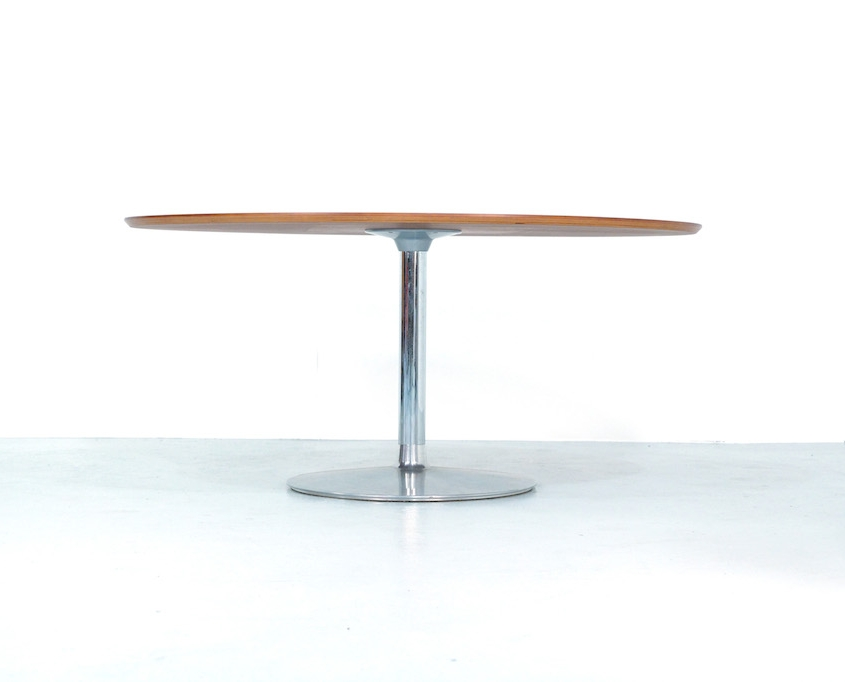 Artifort Circle 3 Dining Table by Pierre Paulin