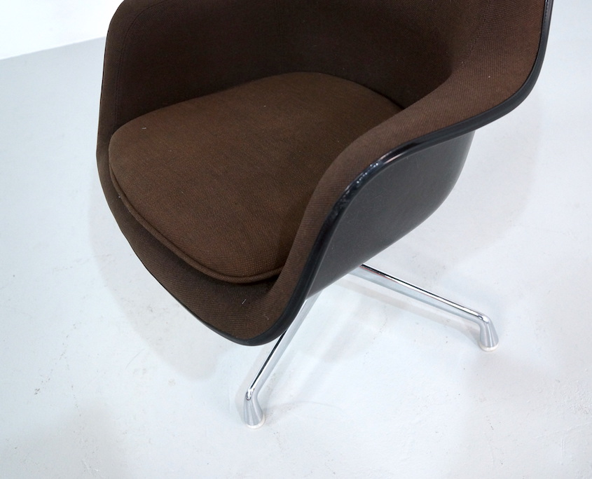 Eames Loose Cushion Chair for Herman Miller