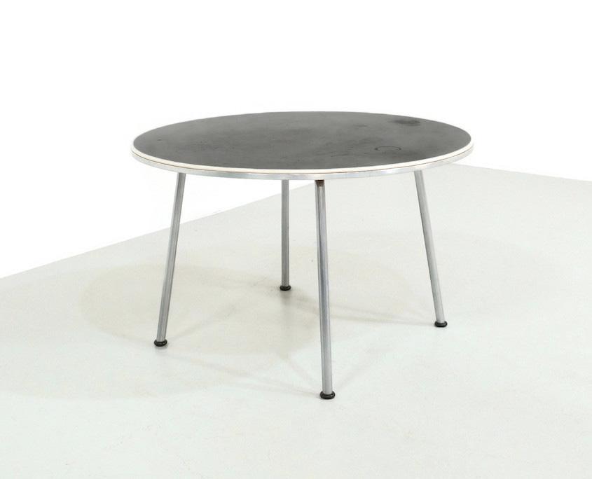 1950s Gispen 529 Coffee Table by W.H. Gispen