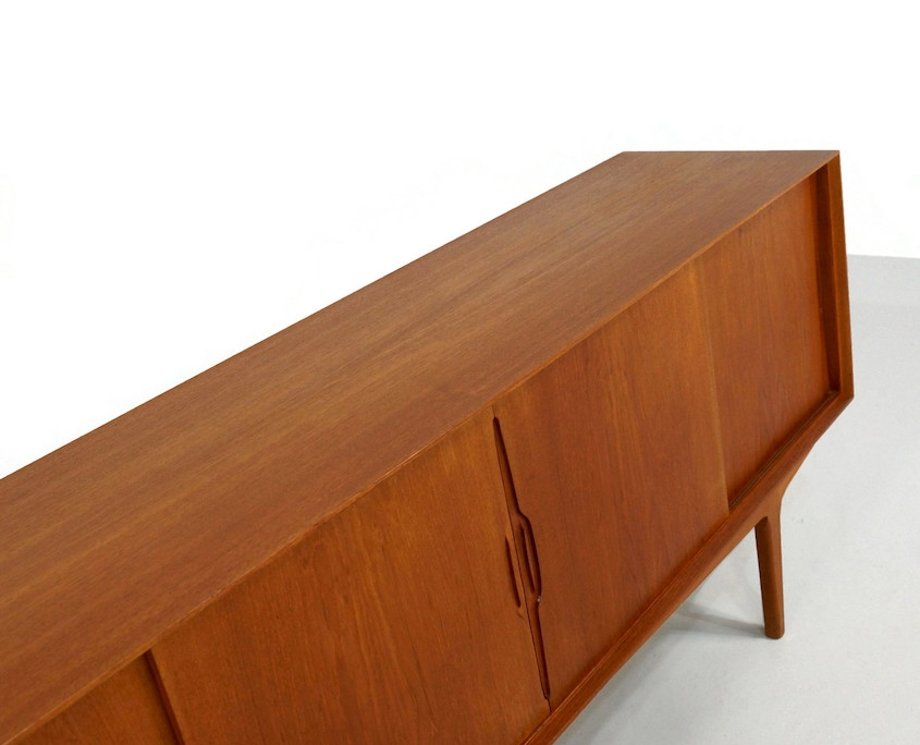 Kameleon Design ~ Vintage Teak Sideboard with Sliding Doors