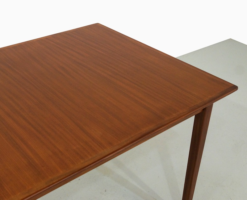 Mid-Century Dining Table in Teak
