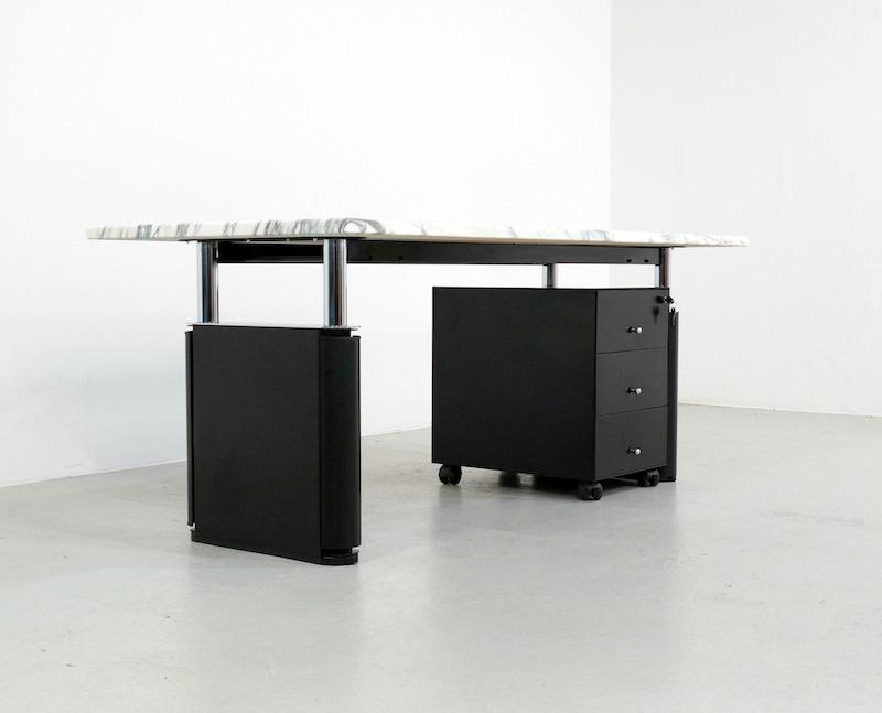 Tecno KUM Desk Design Gae Aulenti