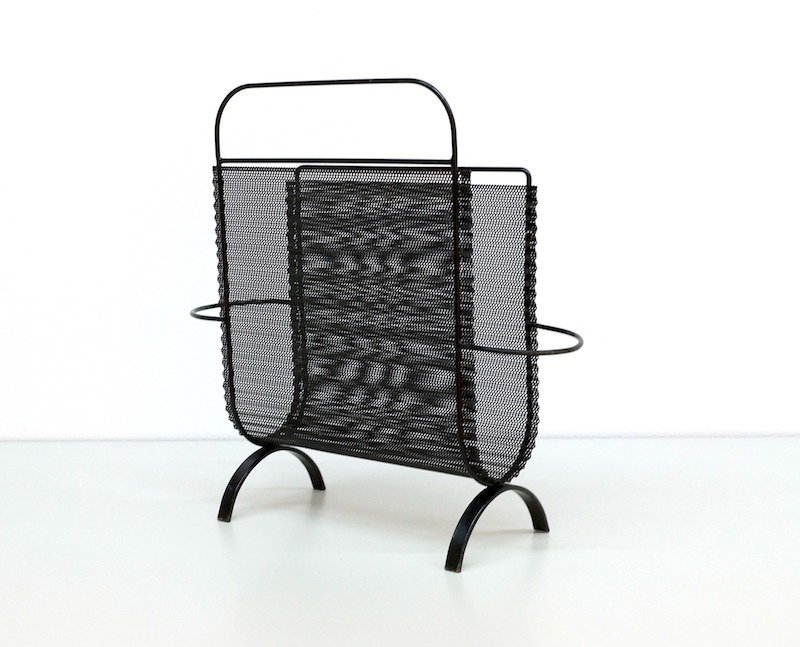 Mategot Folded Metal Magazine Rack