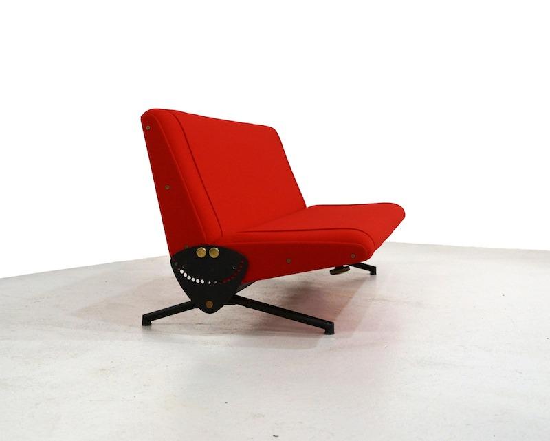 Tecno D70 sofa by Osvaldo Borsani