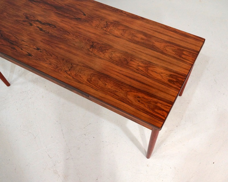 mid-century Danish Extendable Rosewood Dining Table